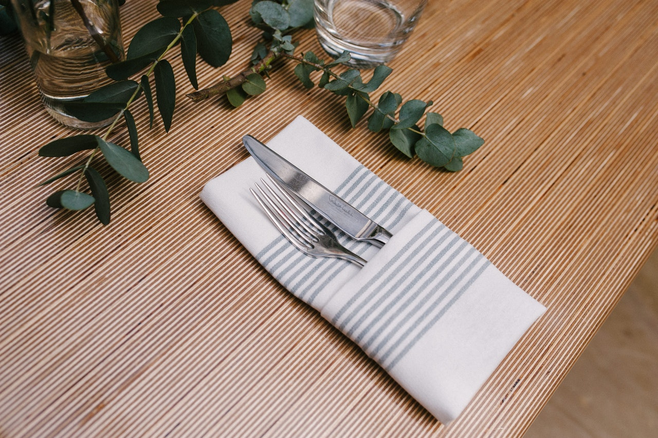 Traditional and Fancy Napkin Folds for Your Restaurant