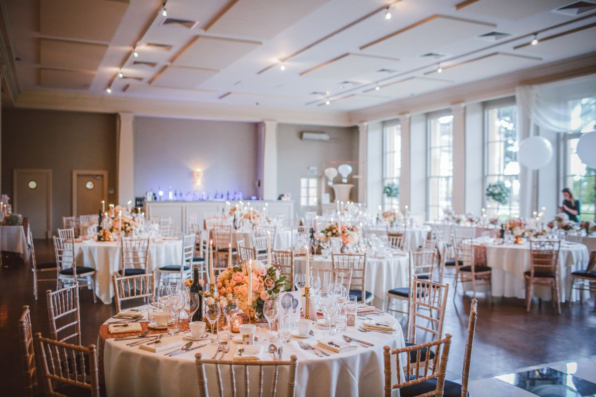 What Your Restaurant Should Look for in a Linen Manufacturer