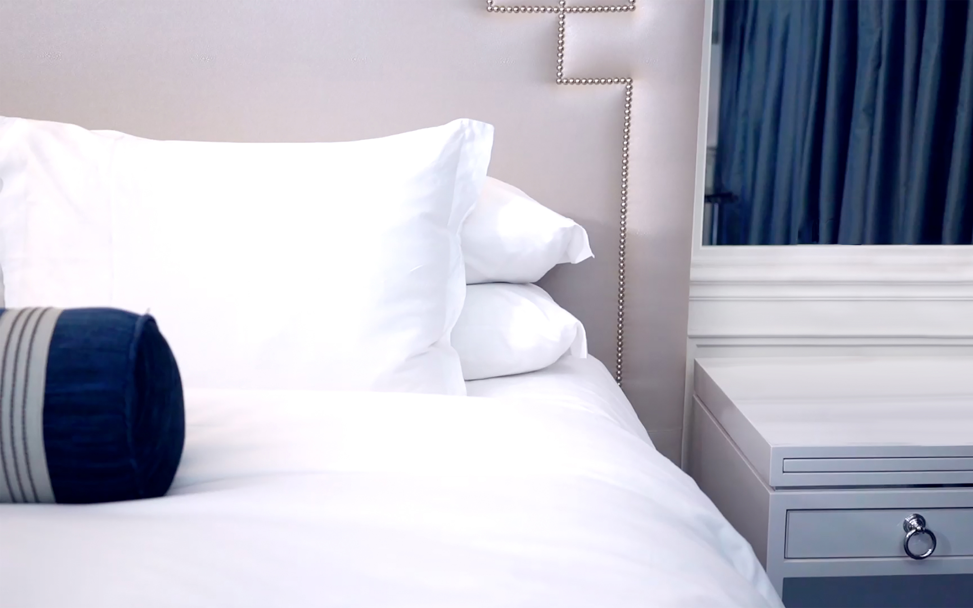 SilkWay™ - The Sheets Your Hotel Guests Absolutely Must Have