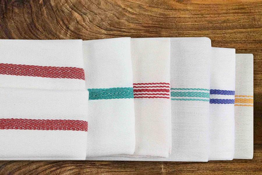 Why Your Restaurant Kitchen Needs the Best Kitchen Towels