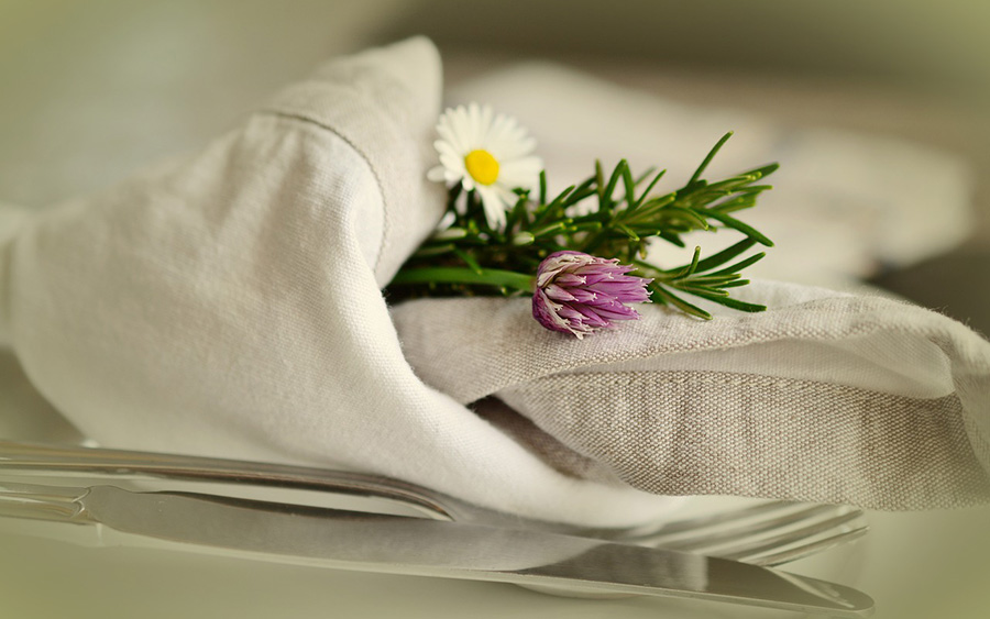 All the Reasons to Use Cloth Napkins at Your Restaurant