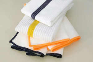 Using Microfiber Cleaning Cloths for Deep Cleaning Your Hotel Rooms and Restaurants
